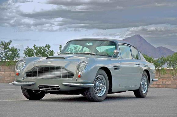 Aston-Martin-DB62