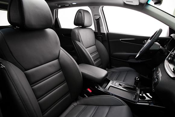 3rd-Generation-Kia-Sorento_Europe-Spec-(Front-Seats)