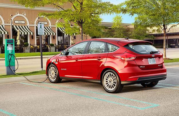 Появились новые детали обэлектрическом Ford Focus 2017