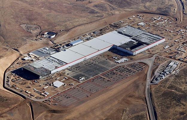 Tesla готовится кпроизводству компактного электроседана— Зал ожидания