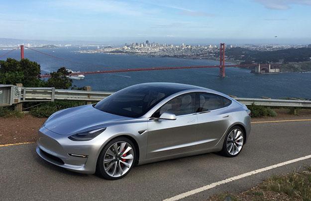 Емкость аккумуляторной батареи электромобиля Tesla Model 3 недостигнет 100 кВт•ч