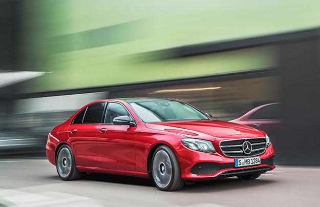 Mercedes будет выпускать в РФ легковые модели