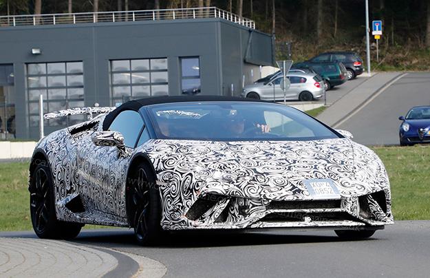 Lamborghini в этом году представит открытую версию Huracan Performante