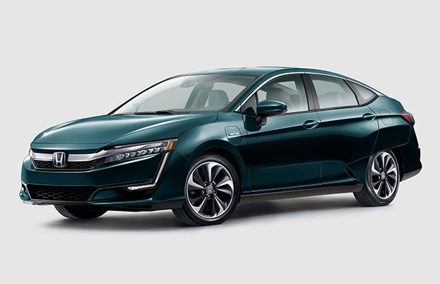 Гибридные иэлектрические модели Хонда Clarity представлены вСША