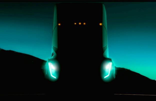 Фургон Tesla будет управляться как спорткар