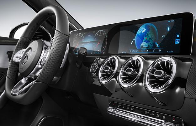 Презентация обновлённой системы Mercedes MBUX состоится в2018-ом