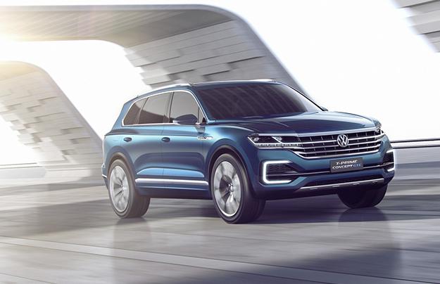 Новый VW Touareg увидели без камуфляжной защиты