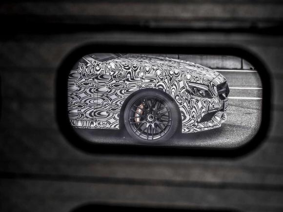 Mercedes-AMG показал фото купе C63